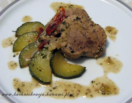 Polędwiczki w sosie musztardowym, fot. Hanami®
