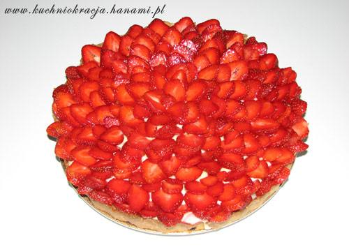 Tarta budyniowa z truskawkami, fot. Hanami®