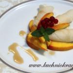 Naleśniki z mąki ryżowej z owocami