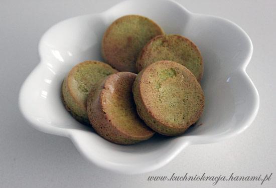 Miękkie, brokułowe ciasteczka nawet dla niemowląt