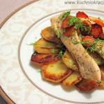 Talarki ze smażoną piersią kurczaka i marchewką