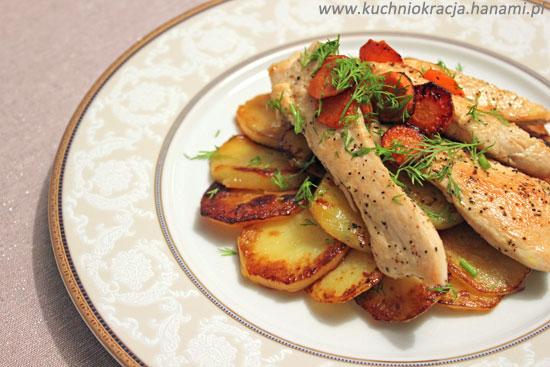Talarki z piersią kurczaka i marchewką, Fot. Hanami®