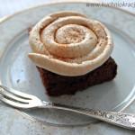 Ciasto czekoladowe z bezą