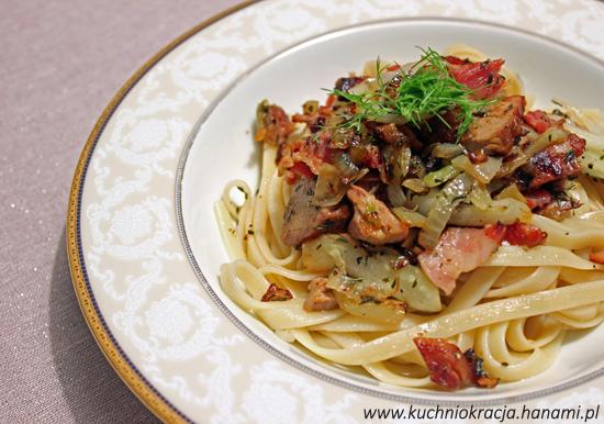 Makaron ze schabem pieczonym, boczkiem i koprem włoskim, Hanami®