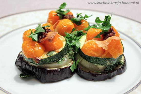 Pieczone warzywa z owczym serem i pastą z oliwek, fot. Hanami®
