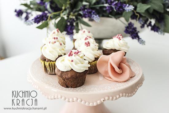Kakaowe babeczki na jogurcie, Fot. Hanami®