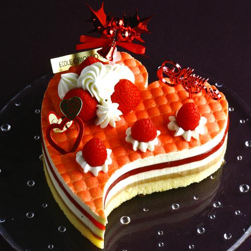 Ciasto z Ecole Criollo, http://item.rakuten.co.jp/ecolecriollo/gaia_fraise_noel/