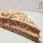 Ciasto kakaowe z kremem na bazie masła orzechowego