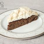 Ciasto czekoladowe z kremem i bezą kokosową
