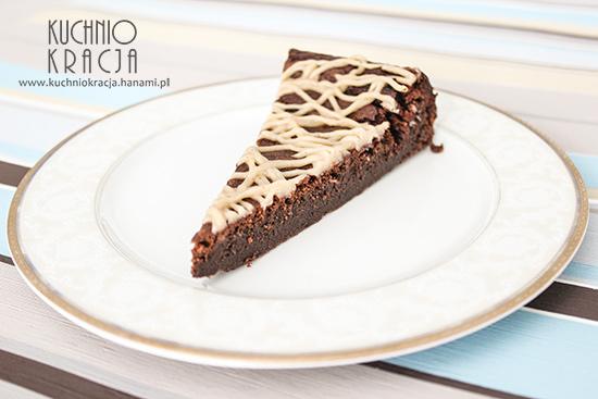 Ciasto czekoladowe bez mąki z kremem kasztanowym