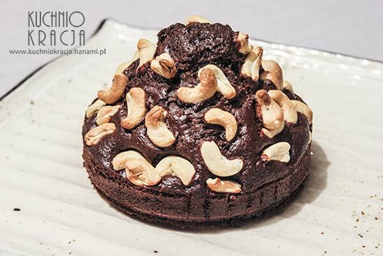 Ciasto czekoladowe z nerkowcami, Fot. Hanami®