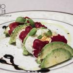 Jajese – wielkanocna sałatka z jajkiem, awokado i kiełbasą