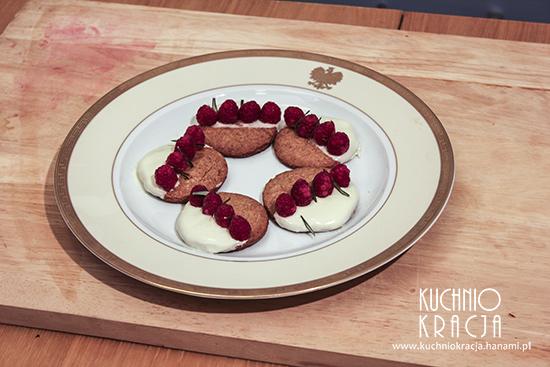 Ciasteczka piernikowe z malinami, Dim sum, Fot. Hanami®