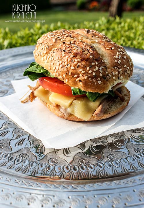 Burger z pulled pork i bok choi, Fot. Hanami
