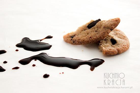 Ciastka z kawałkami czekolady i sosem sojowym, Fot. Hanami®
