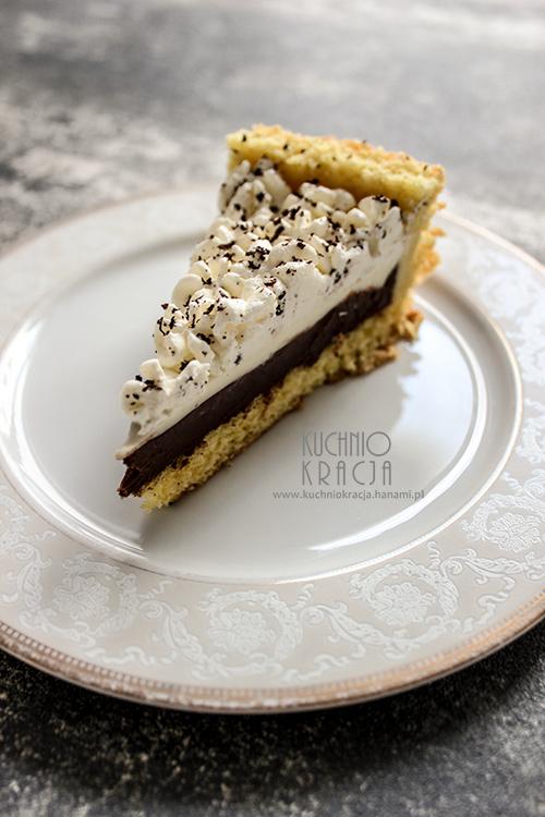 Biszkopt z kremem z białej i gorzkiej czekolady,  Fot. Hanami®