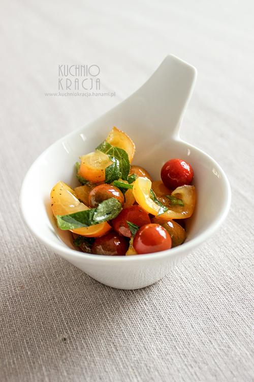 Pomidory z oliwą, miętą i roum om,  Fot. Hanami®