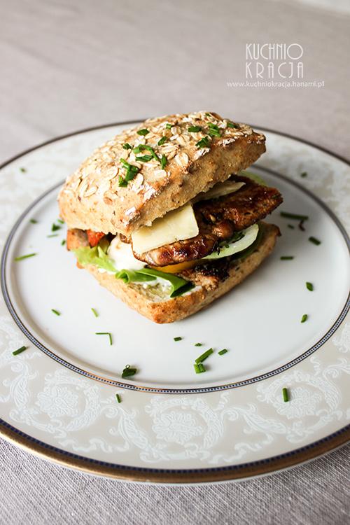 Pork chop sandwich (Montana) – Rok z kuchnią USA, Fot. Hanami®
