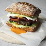 Aussie burger – australijski smak