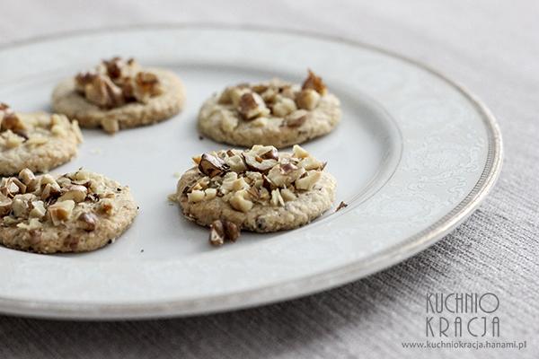 Ciasteczka migdałowe z orzechami laskowymi, Fot. Hanami