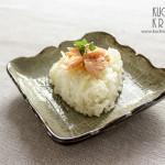 Onigiri z łososiem