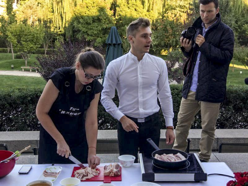 """Wykład dla dziennikarzy i specjalistów pod szyldem """"Gourmet Master"""" dotyczący polskiej kuchni oraz wspólne gotowanie ze znawcami kuchni."""