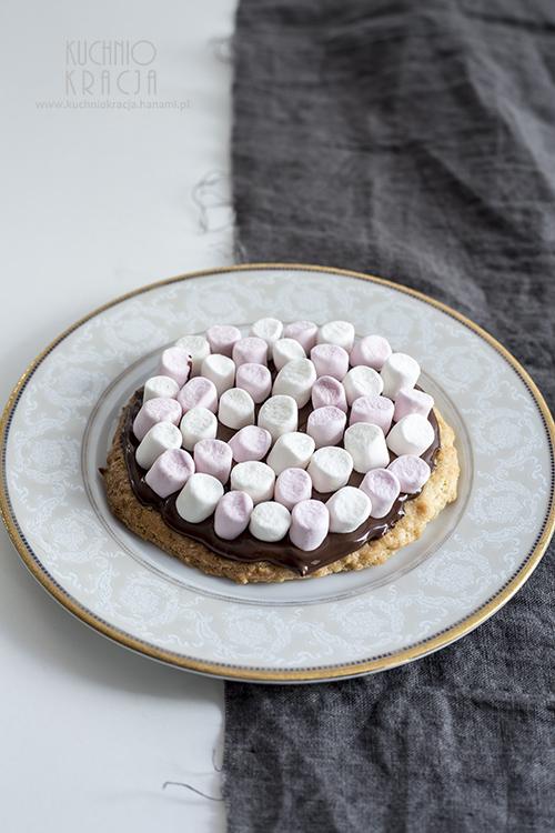 Mazurek z czekoladą i piankami, Fot. Hanami