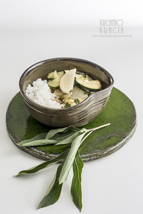 Curry z cukinią i białą rzodkwią, Fot. Hanami
