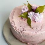 Lekki tort nasączony prosecco
