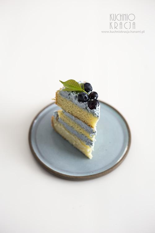 Naked cake z borówkami amerykańskimi, Fot. Hanami