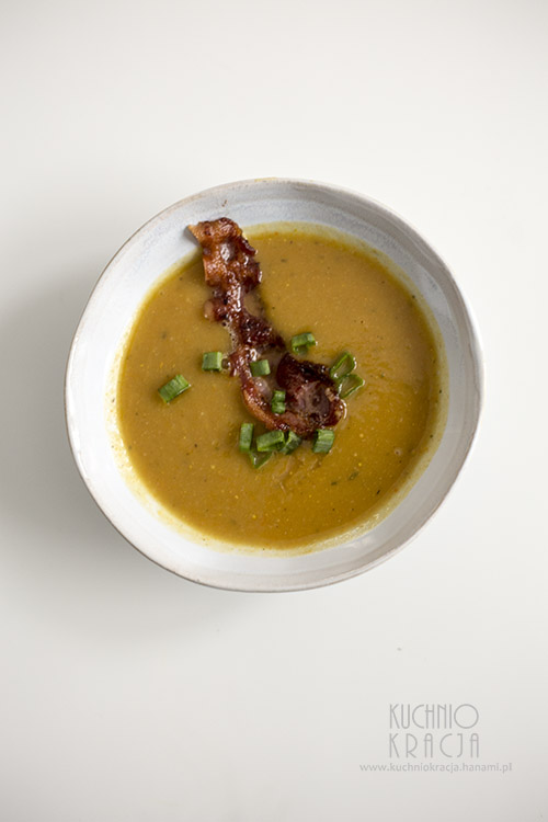 Rozgrzewająca zupa dyniowa z czosnkiem, Fot. Hanami